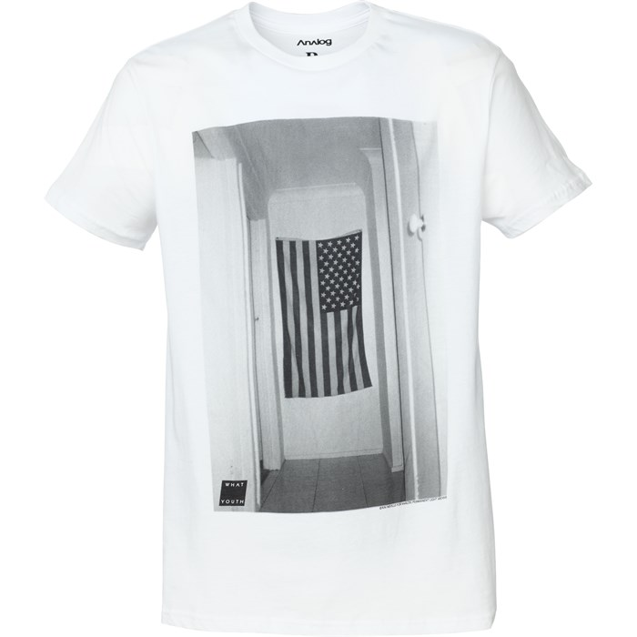 Analog - Wall Flag T-Shirt