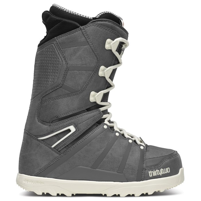 32 - Chris Bradshaw Signature Lashed Snowboard Boots 2014