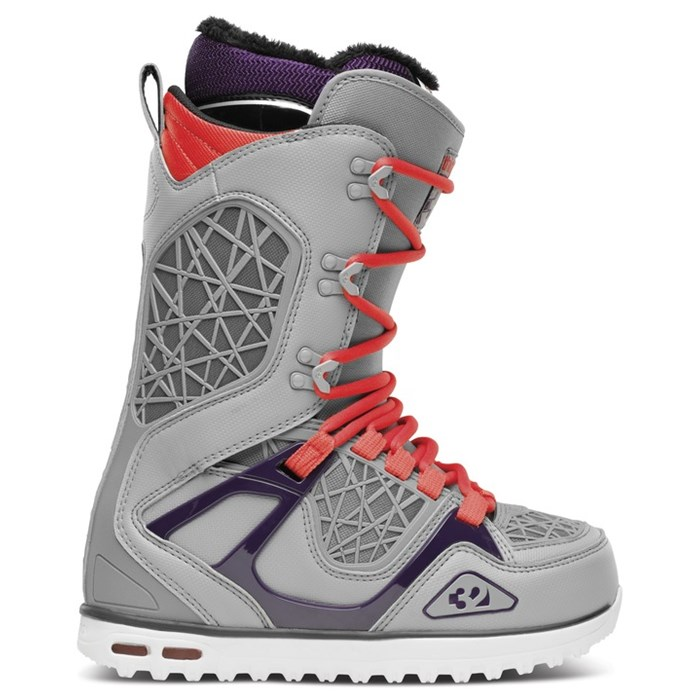 32 - TM-Two Snowboard Boots - Women's 2014