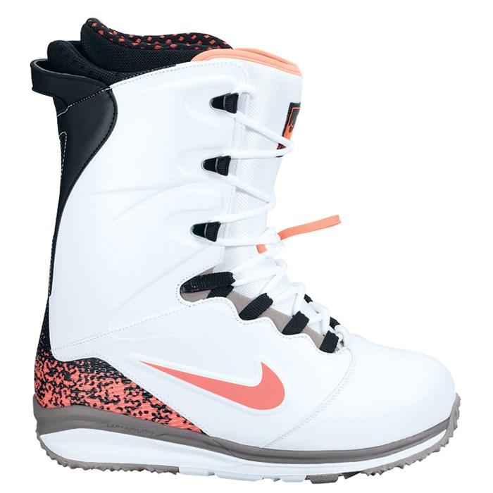 Nike SB - Lunarendor Snowboard Boots 2014