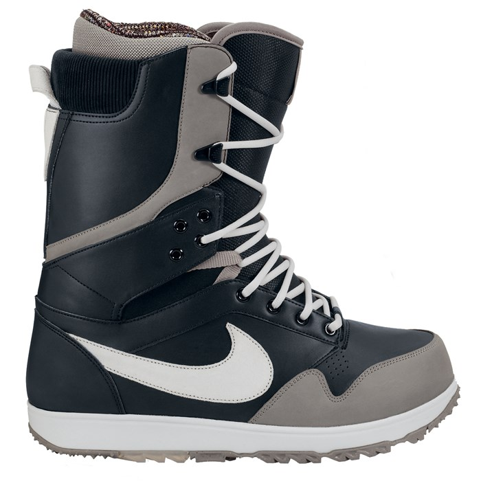Nike - Zoom DK Snowboard Boots 2014