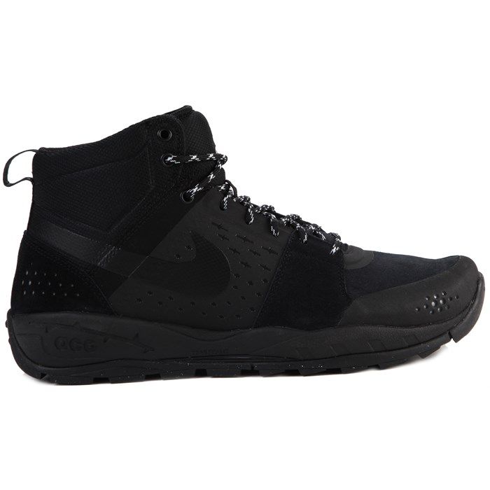 Nike - Air Alder Mid Shoes