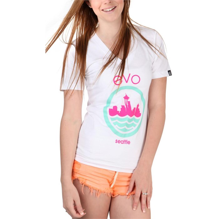 Casual Industrees - evo Needle 2.0 V-Neck T-Shirt - Women's