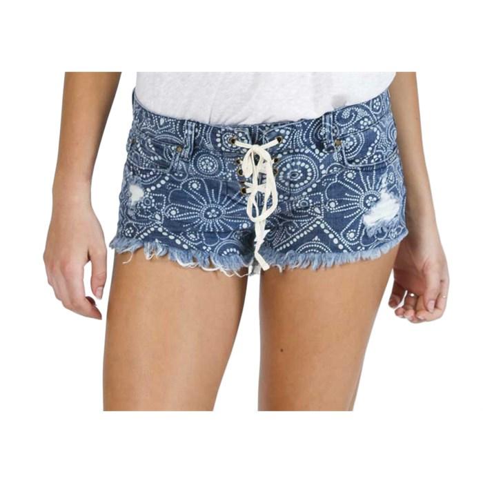 Billabong - Lite Hearted Floral Shorts - Women's