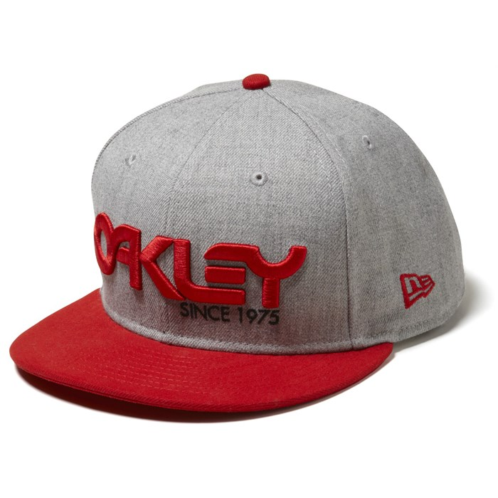 Oakley - 75' Snap Back Hat