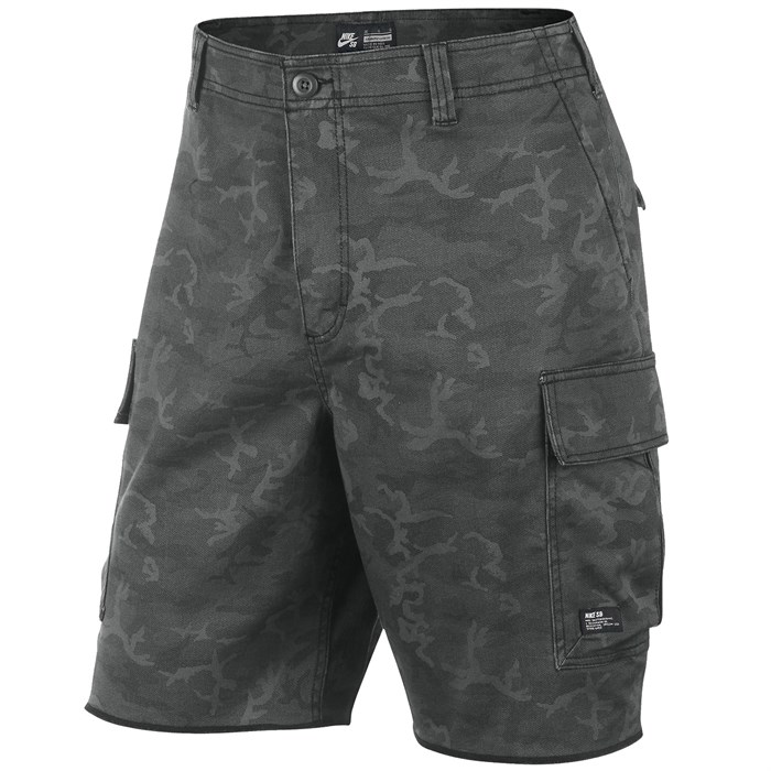 best website hot product huge inventory Nike SB Hawthorne Camo Cargo Shorts | evo