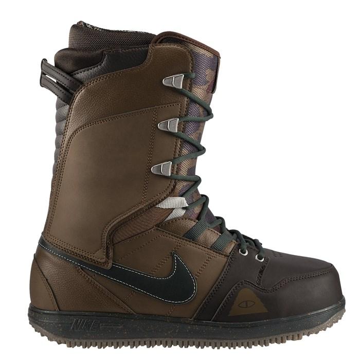 Nike SB - Vapen Poler Snowboard Boots 2014