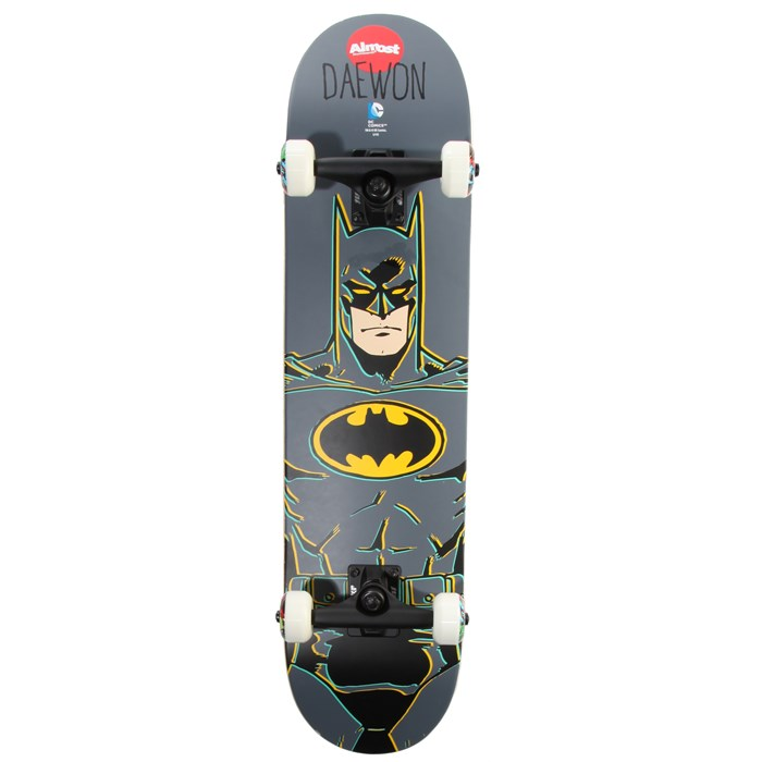 Almost - Daewon Batman 7.6 Skateboard Complete