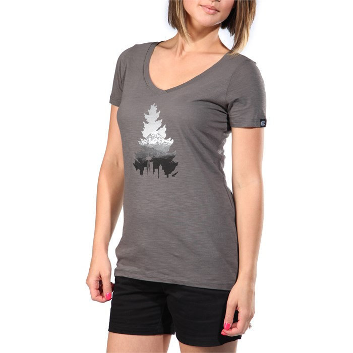 Casual Industrees - Johnny Tree Rainier V-Neck T-Shirt - Women's