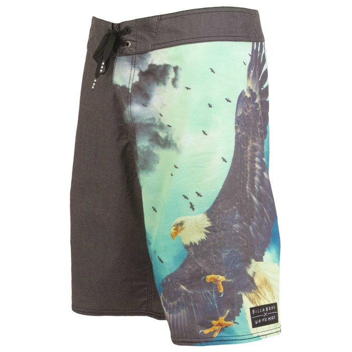Billabong - Wild Boardshorts (Ages 8-14) - Boy's