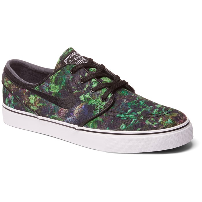 43c41505e8c5 Nike SB - Zoom Stefan Janoski Canvas Premium Shoes ...