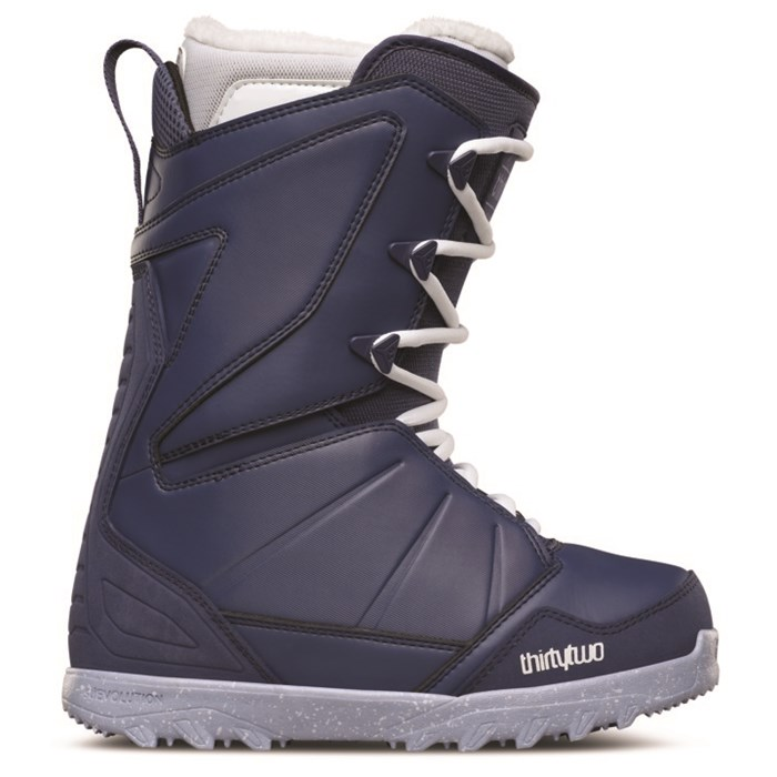 32 - Lashed Snowboard Boots - Women's 2016