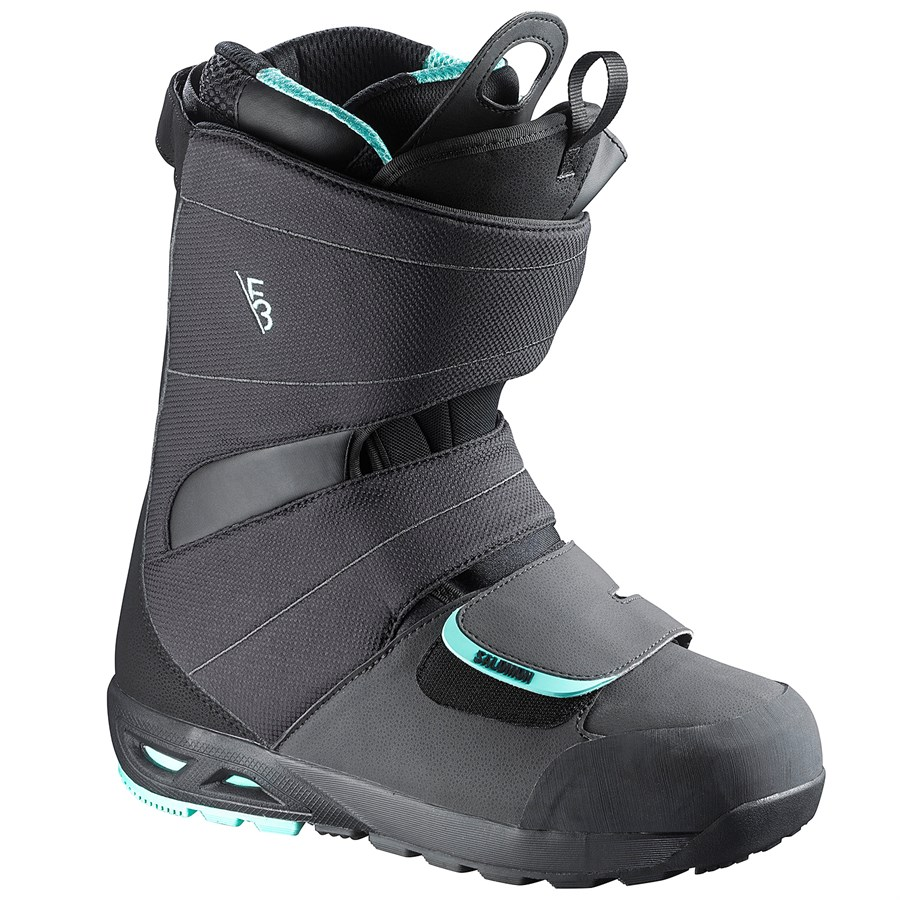 how to pack snowboard boots