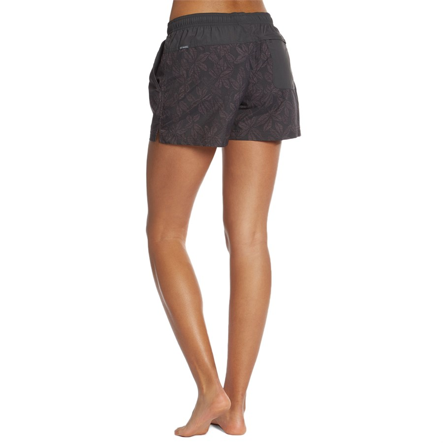 Columbia Sandy River Shorts - Women s  ebb1ab147