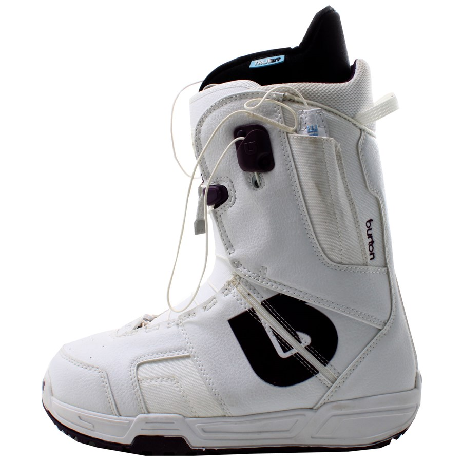 burton mint snowboard boots s 2007 evo outlet