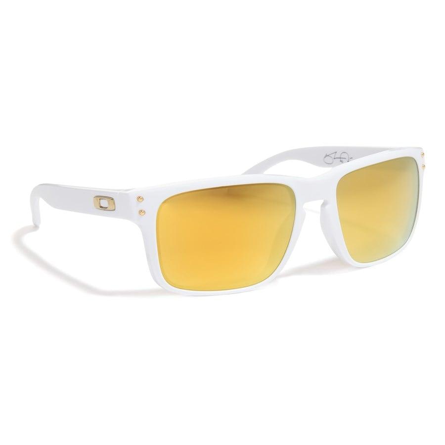 oakley holbrook sunglasses white