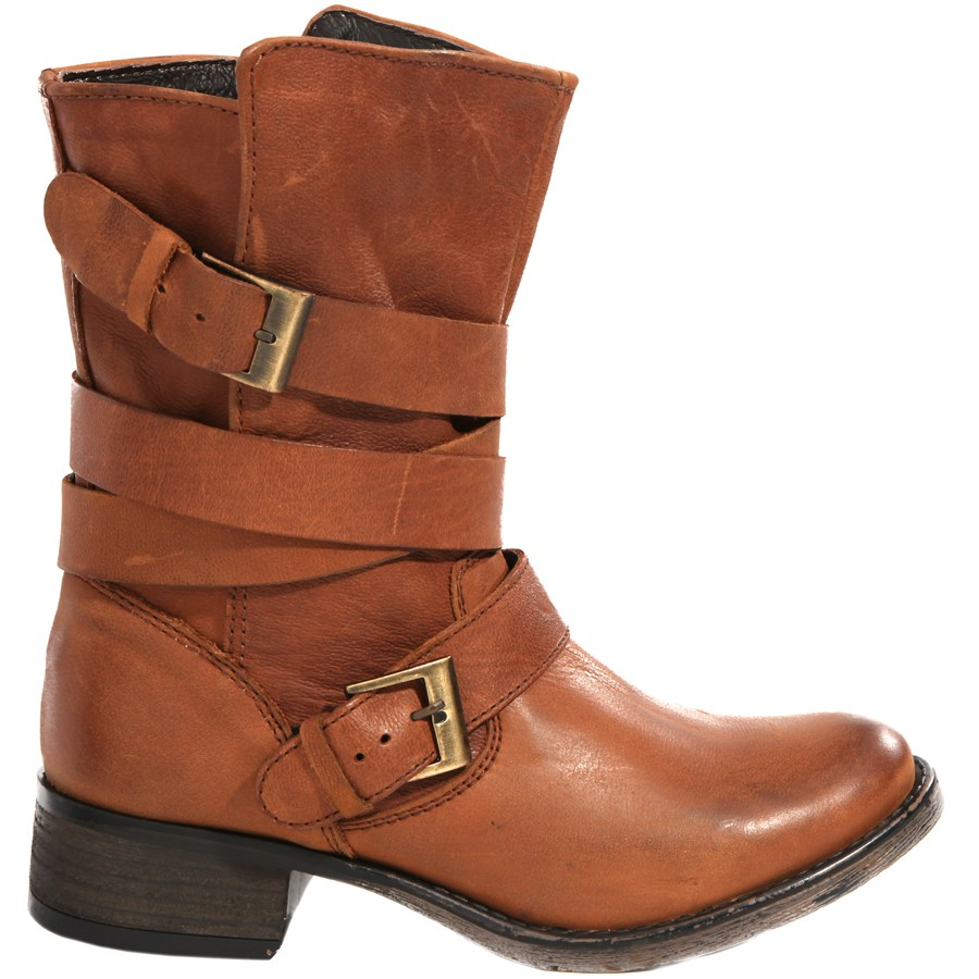 steve madden brewzzer boots women 39 s evo outlet. Black Bedroom Furniture Sets. Home Design Ideas