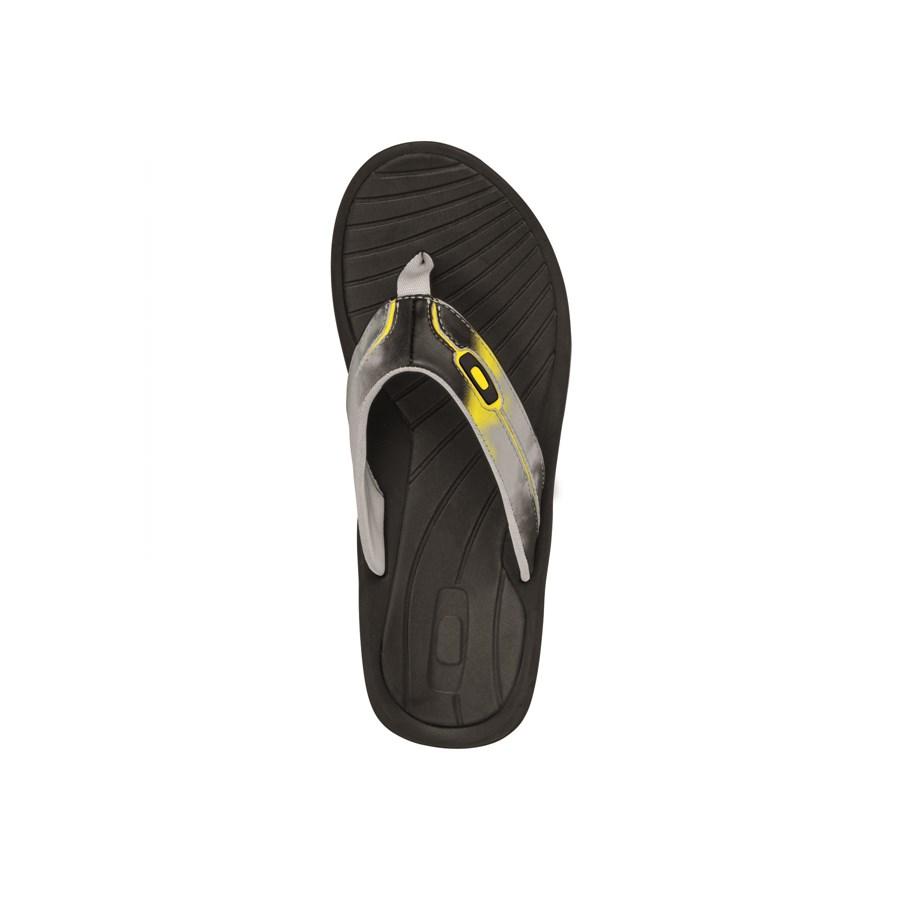 0568e71e1b6e9 Oakley Dune Sandals