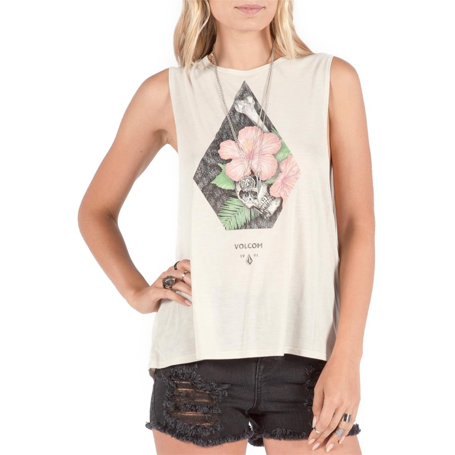 Women's Muscle Tees, Muscle Tank Tops. Shop girls muscle tees at Zumiez, carrying a huge selection of girls t-shirts from top brands like Obey and Zine. Free shipping to any Zumiez store! See Details. U.S. ONLY, EXCLUDING AK/HI. Store pickup is always free.