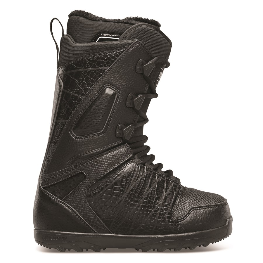 32 lashed snowboard boots s 2015 evo outlet