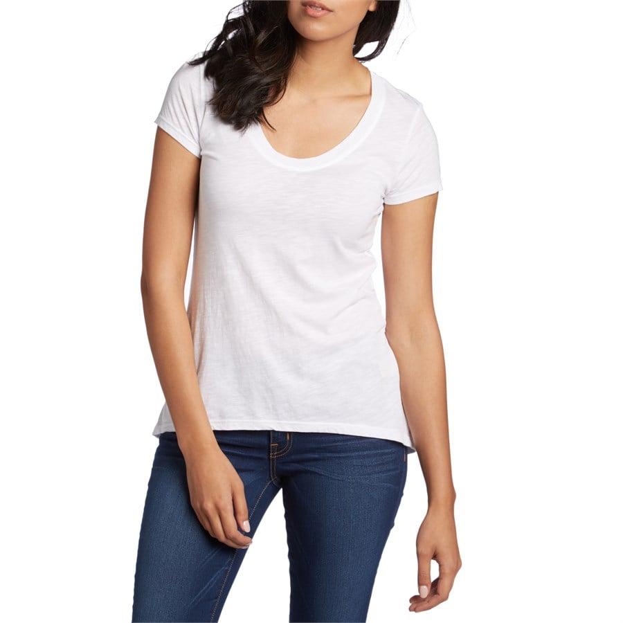 Fresh laundry scoop neck short sleeve t shirt women 39 s evo for Scoop neck t shirt