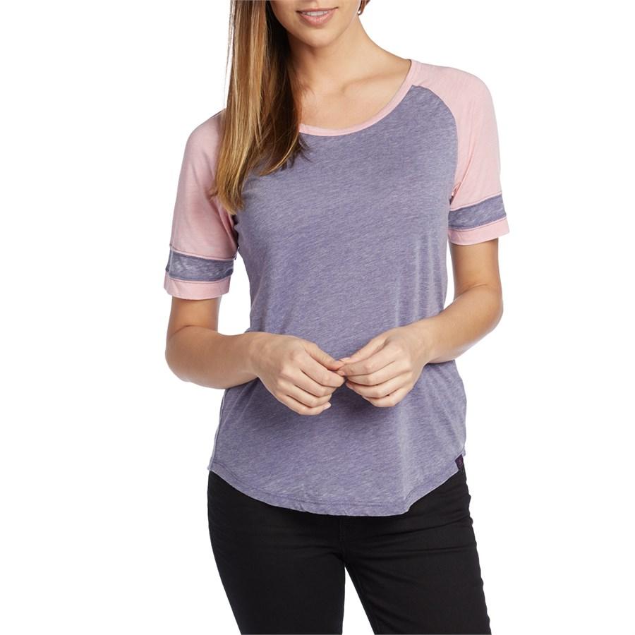 Prana cleo t shirt women 39 s evo outlet for Prana women s shirts