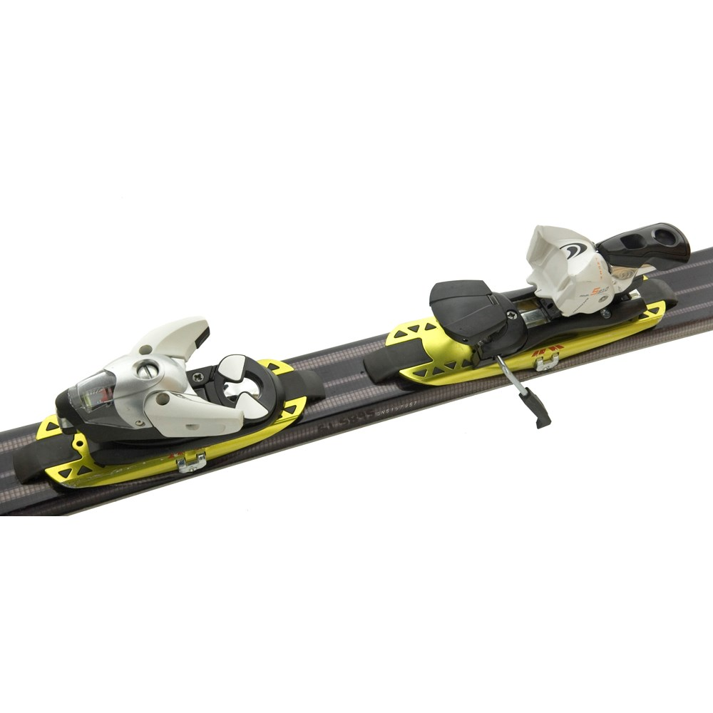 bb007a0e14c4 Salomon Scrambler Hot Skis + Salomon Bindings 2006
