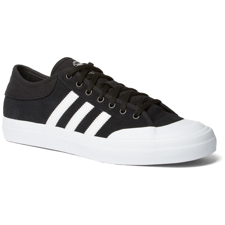 Dureza Novio Mitones  Adidas Matchcourt ADV Shoes | evo
