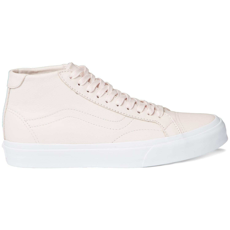 c7d580ea69 Vans Court Mid DX Shoes - Women s
