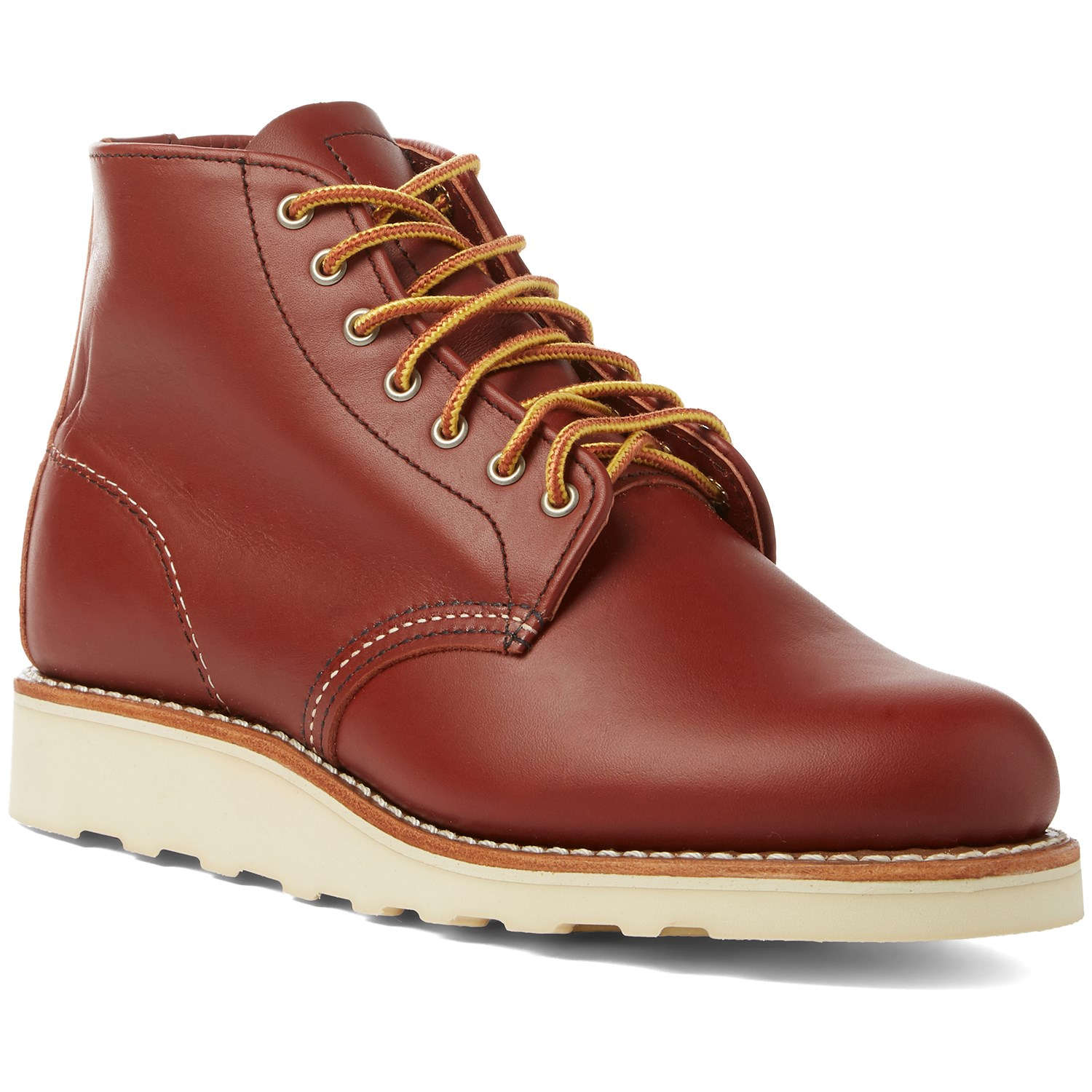 Boots for women in premium quality |