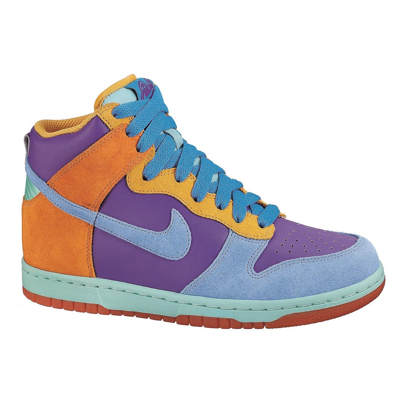 purchase cheap d6cc8 2872d Nike 6.0 Women s Dunk High Shoes   evo
