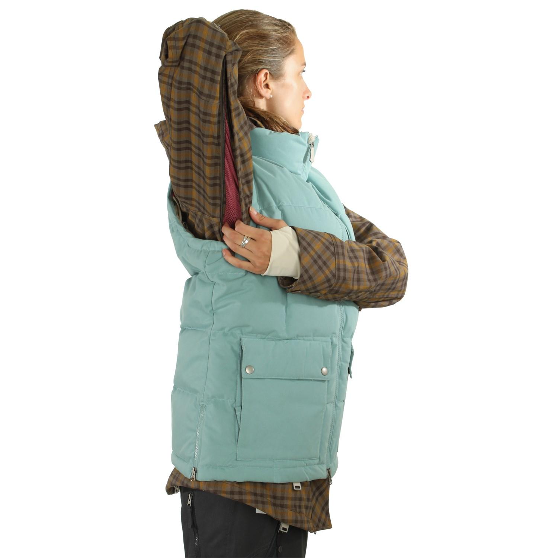 b8466bed0500 Nike snowboarding bellevue in jacket womens evo jpg 1500x1500 Nike bellevue  jacket