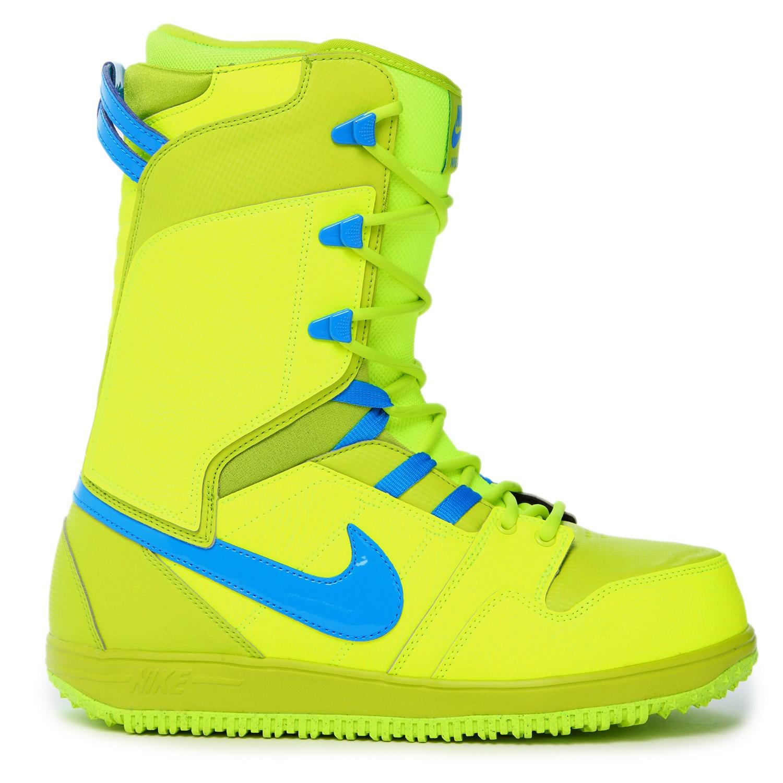 gráfico Frank Worthley Auckland  Nike SB Vapen Snowboard Boots 2015 | evo