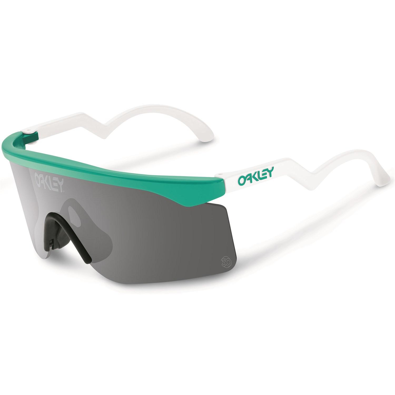 f2a1ea4c00 ireland vintage oakley razor blade sunglasses womens c98a0 87ef7